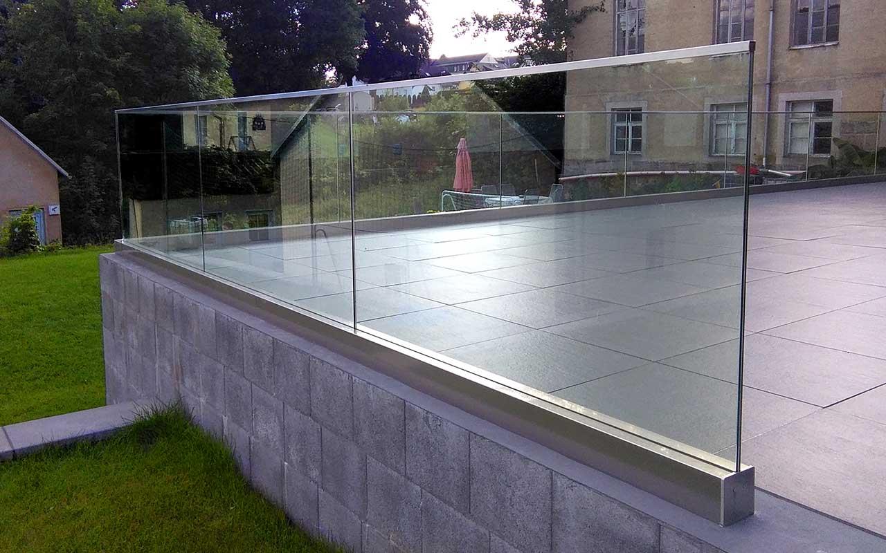 Brüstungen und Absturzsicherung | Hümmler Fensterdesign Nidderau Wetterau